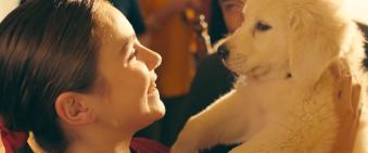 music video screenshot: https://www.youtube.com/watch?v=m7Bc3pLyij0&vl=en @Marshmello